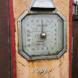 Rare Old Vintage Classic Petrol Pump With Original Super Shell Glass Globe