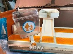 Rare Vintage Ideal toy Howard Johnson's Soda Fountain Serving Pieces Box