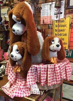 Vintage ANIMATED PUPPIES IN BASKET Motorized Window Display Working Toy Rare Dog