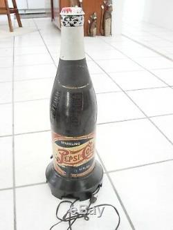 Vintage Pepsi Cola Bottle Radio Rare Model 320 loud hum, 23 1/4 tall Novalty